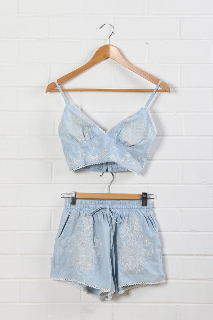 http://www.tweettweetfashion.com.au/krystal-crop.html http://www.tweettweetfashion.com.au/krystal-shorts.html